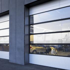 NASSAU-Energy-porte sectionelles-vitrée-garage
